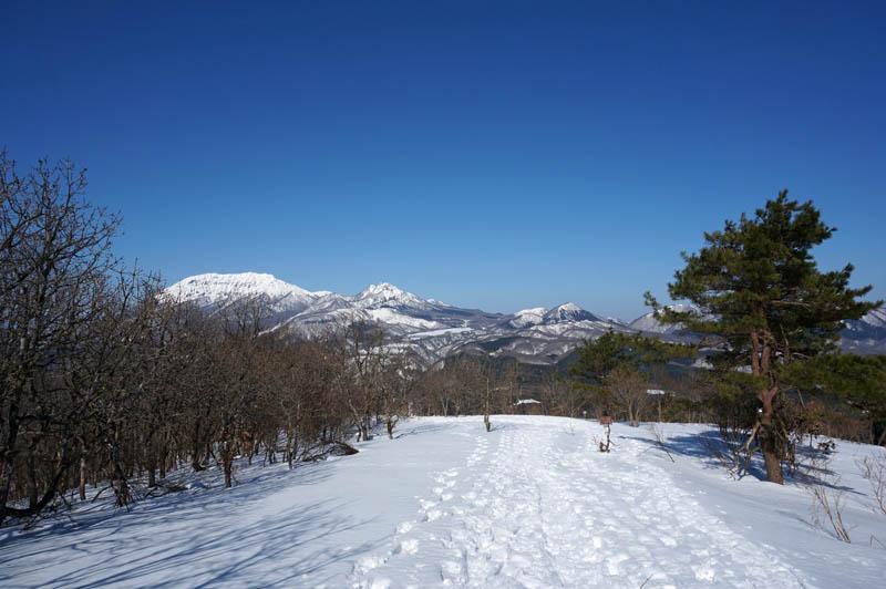 三平山土塁