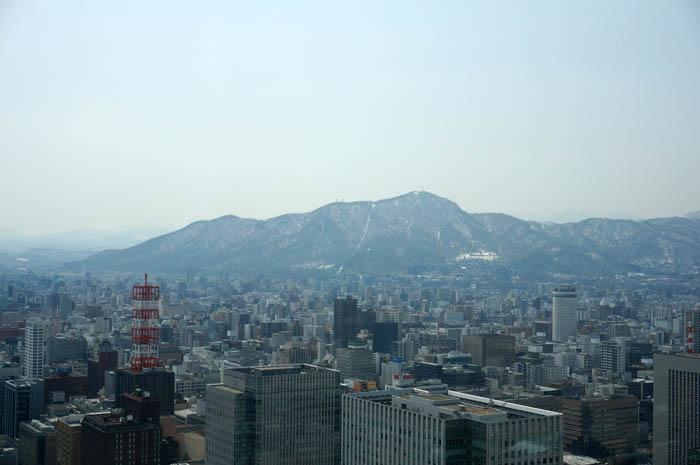 藻岩山と札幌市