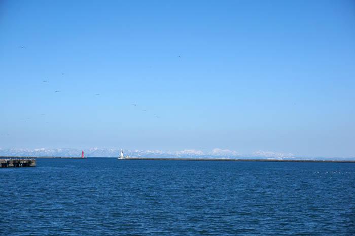 小樽から望む冬の石狩湾