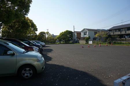 五色塚古墳駐車場