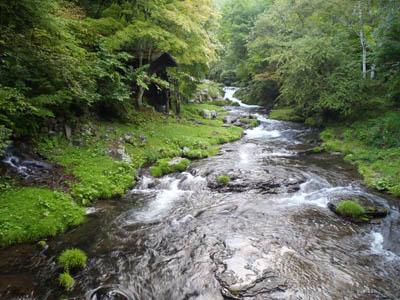 蓼科グランドホテル滝の湯滝の湯川