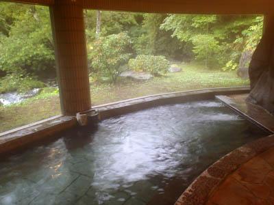 蓼科グランドホテル滝の湯野天風呂