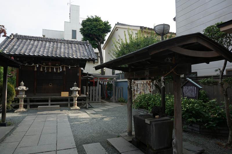 川越薬師神社