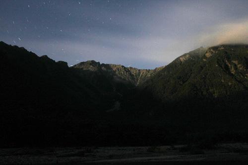 月夜の上高地