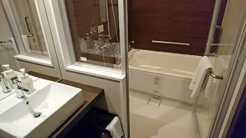 ダイワロイネットホテル松山バス