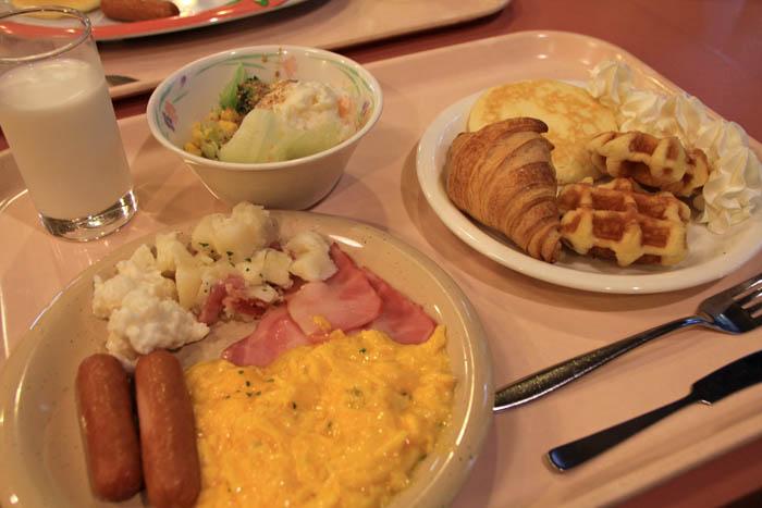 白馬ホテルパイプのけむり朝食