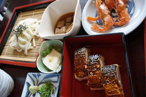 瑞松苑焼鯖寿司定食