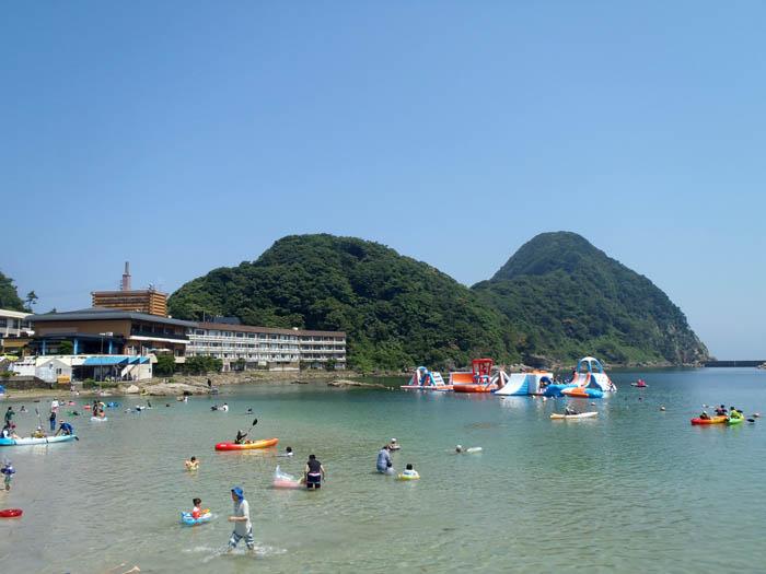 夏の竹野浜