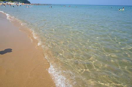 琴引浜の渚