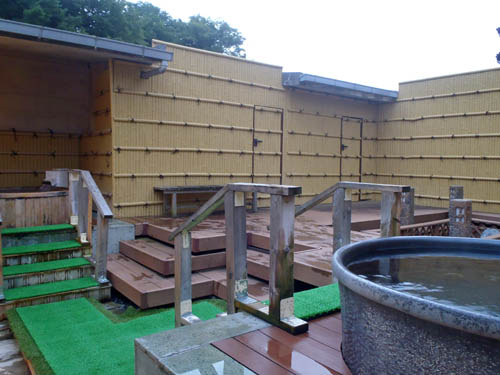 山岸旅館和風庭園露天風呂