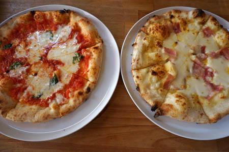 LOCHE MARKET STORE のピザ