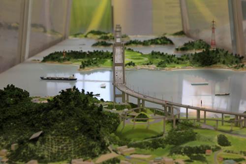 来島海峡大橋模型