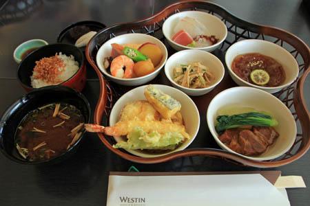 日本料理あわみ花篭弁当