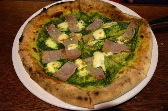 オールドスパゲティファクトリー神戸店ピザ