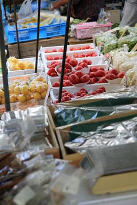 日曜市の野菜