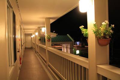 ファミリーロッジ旅籠屋桑名長島店廊下