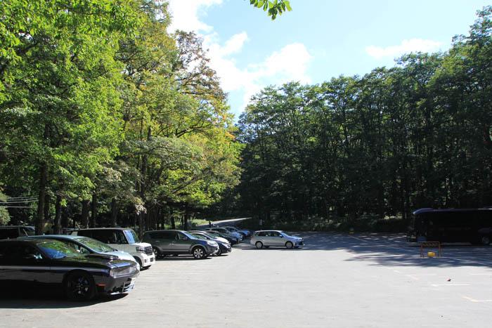 湯滝駐車場