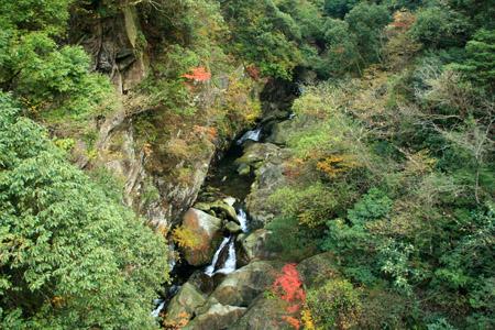 遠登志橋渓谷