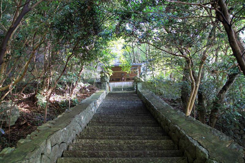浦神社石段