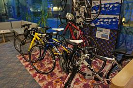 アジュール汐の丸自転車