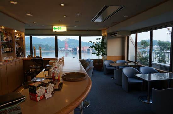 尾道国際ホテルラウンジクリスタル