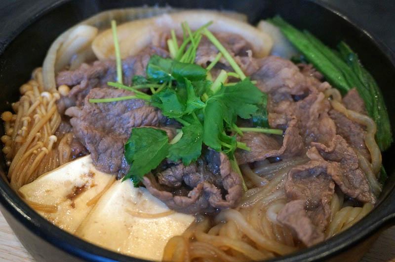 洋食屋牛銀すき焼き鍋定食