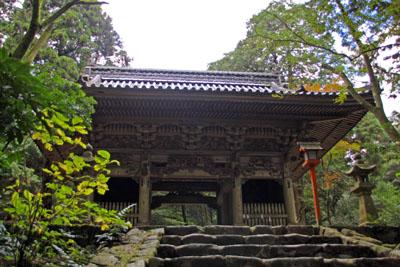西山興隆寺山門