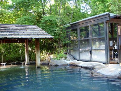 黒川温泉こうの湯露天風呂