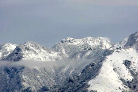 雪の石鎚山