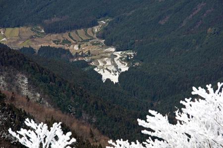 雪の石墨山
