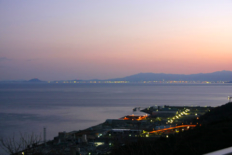 伊予長浜の夜明け