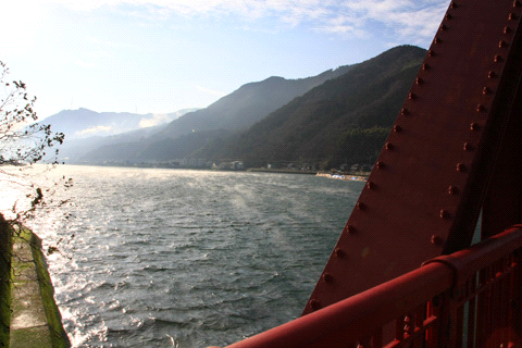 長浜大橋からの肱川あらし