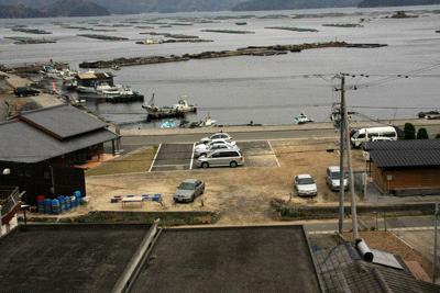 遊子水荷浦の段畑駐車場