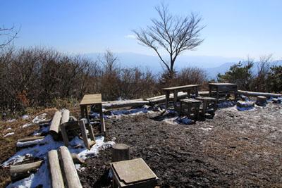 冬の皿ヶ嶺頂上
