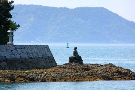 大三島鶴姫像