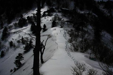 冬の石鎚山夜明峠