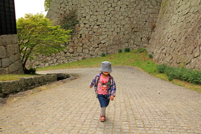 子連れ松山城登山