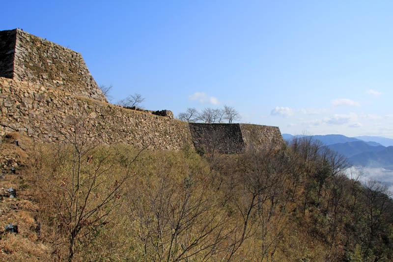 春の竹田城