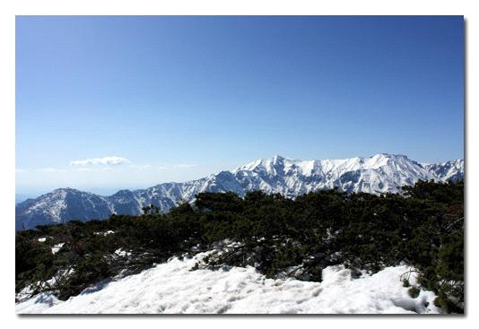 西穂高稜線からの雪乃北アルプス