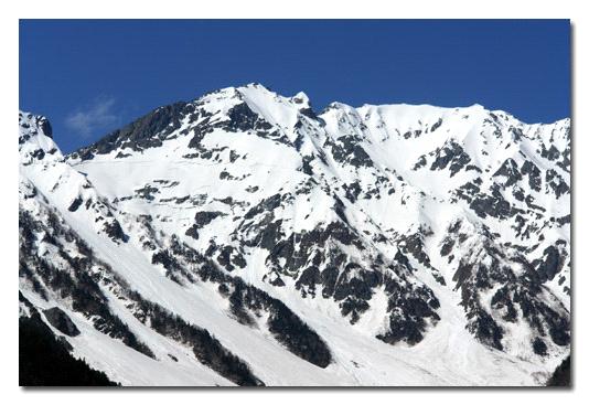残雪の奥穂高岳