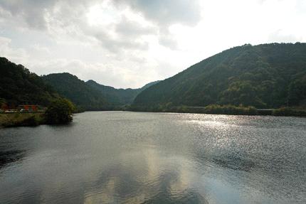 朝倉ダム湖
