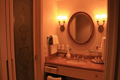 ホテルミラコスタ洗面室
