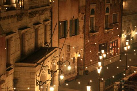 ホテルミラコスタヴェネツィアサイドからの夜景