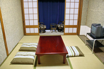 エコ道後和室