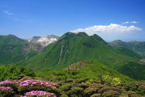 ミヤマキリシマと三俣山