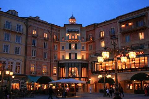 夜のホテルミラコスタ