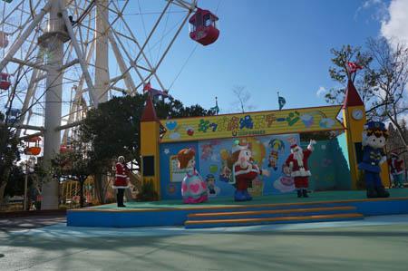 東条湖おもちゃ王国屋外ステージ