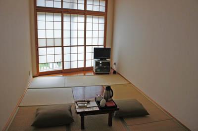 民宿名駒和室