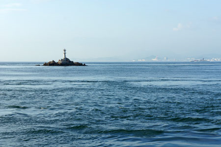 民宿名駒から望む来島海峡