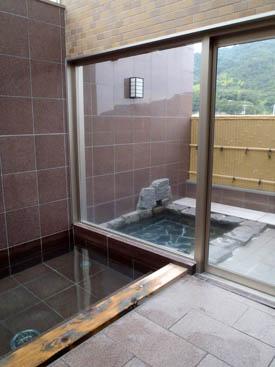 民宿名駒露天風呂